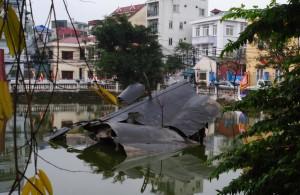 Downed B52 Hanoi
