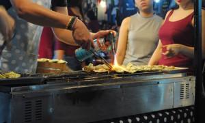 Rot Fai Market Bangkok Scallops