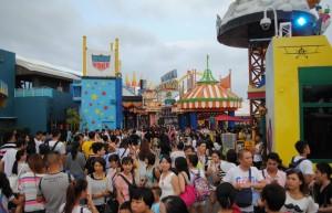 Hong Kong Ocean Park Hong Kong Crowds